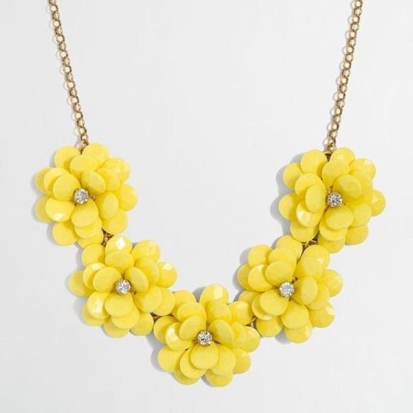 Jewelry yellow flower necklace poshmark m5b4046529fe486892fa66b8f mightylinksfo